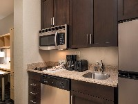 TownePlace Suites Vista/Carlsbad Studio King Suite Kitchen
