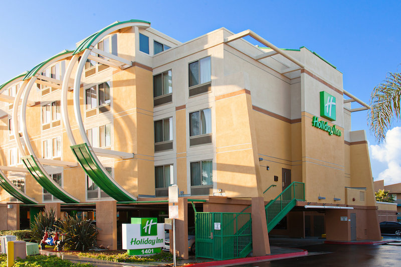 Holiday Inn Oceanside Marina